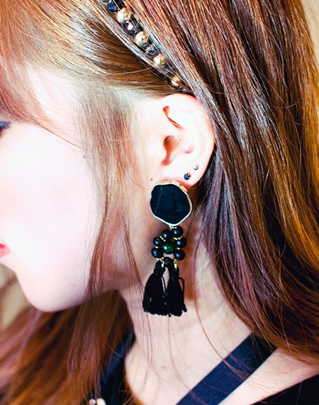 LADY NOIR tassel earrings